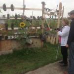 David assisting Rosita atTempelhof Feld 2